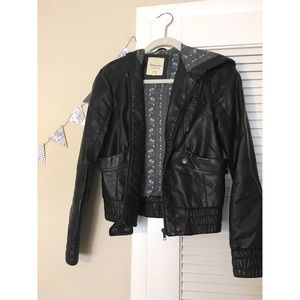 Women's Leather Jacket w/ Hood and Pockets